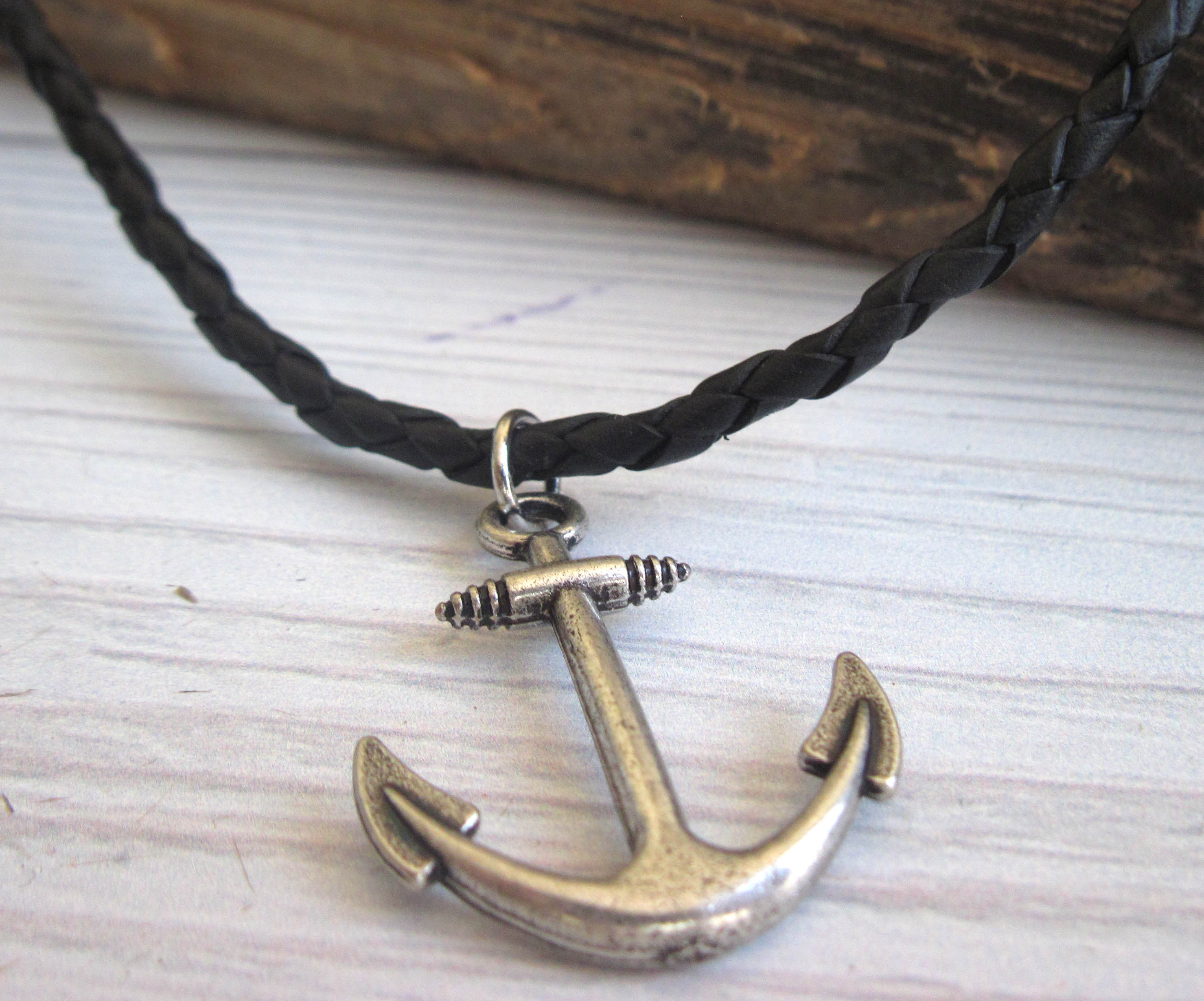 gold in anchor necklace yellow