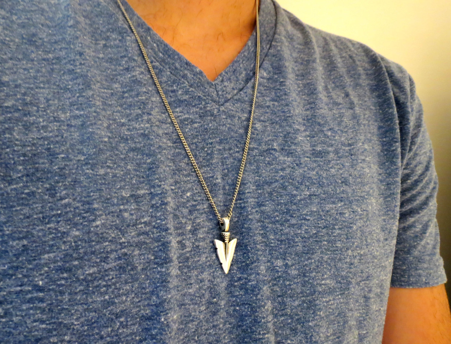 necklace window mens jewellers c necklaces in gold chain peoples v two men tone s guy link